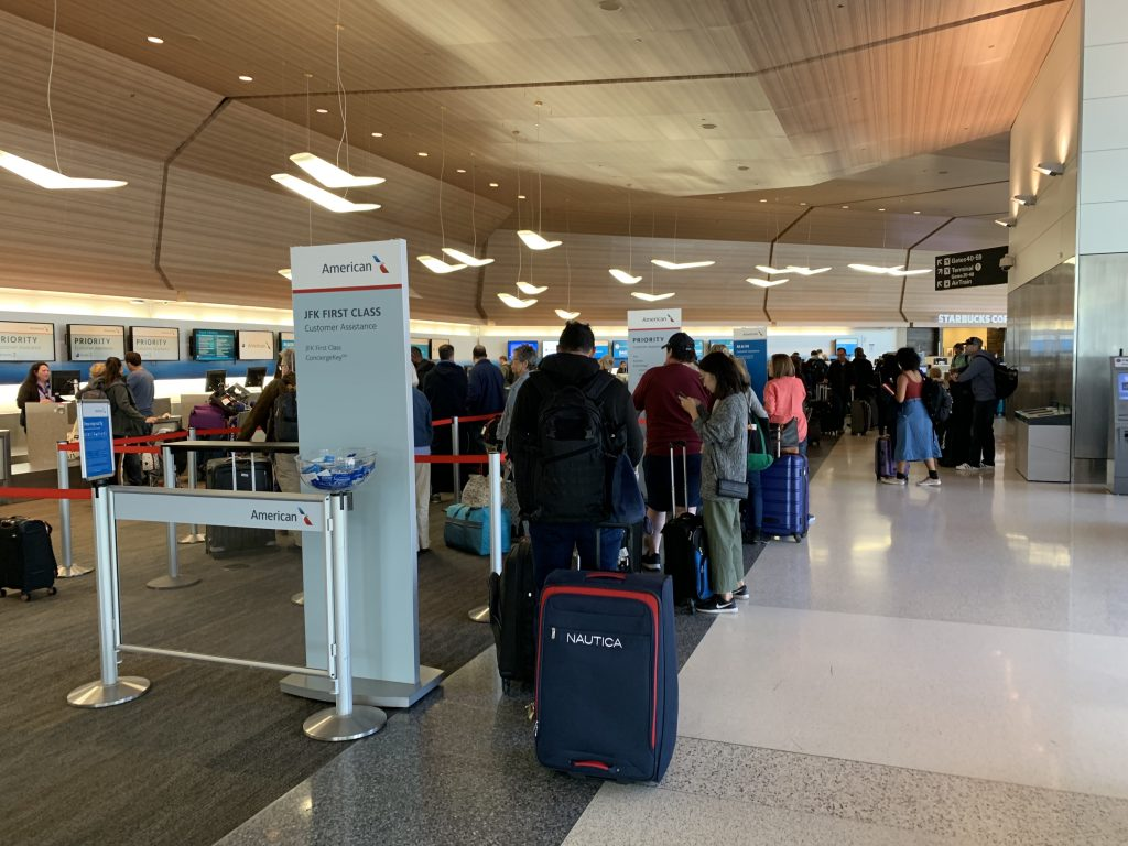 American Airlines First Class check in line at SFO airport.