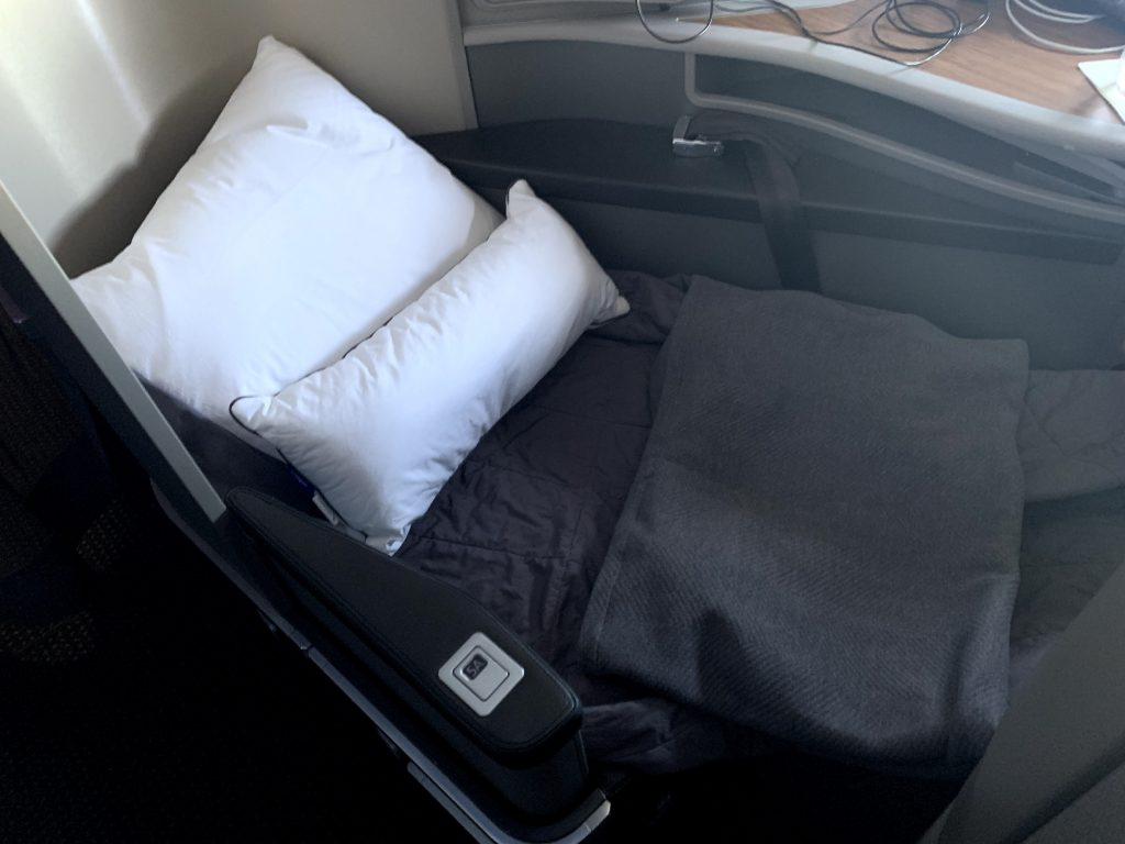 Blankets and bedding on American Airlines Transcontinental First Class
